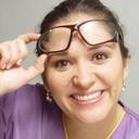 Dra. Ely Juliana Maestría en Odontología Restauradora